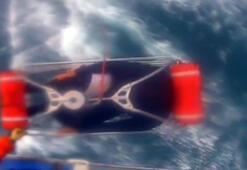 Köpek balığı saldırısına uğrayan sörfçü helikopterle kurtarıldı