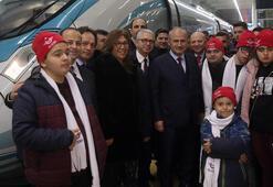 Bakan Turhan, özel gereksinimli bireyleri YHT ile Konyaya uğurladı