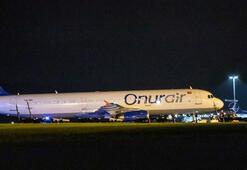 Onur Air yolcu uçağı pistten çıktı