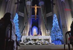 Beyoğlunda Noel ayini düzenlendi