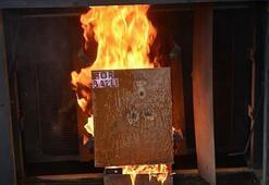 Bordan üretilen jel yangınlara karşı koyuyor
