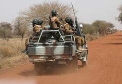 Burkina Fasoda katliam: 122 ölü