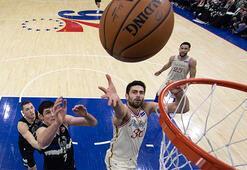 NBAdeki Türk derbisinde kazanan Furkan Korkmaz