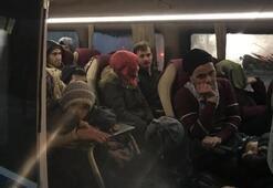100 göçmen yakalandı