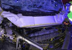 Bilecikte kamyonet TIRa çarptı: 1 ölü