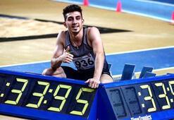 Milli atlet İlyas Çanakçı, 300 metre salon Türkiye rekorunu kırdı