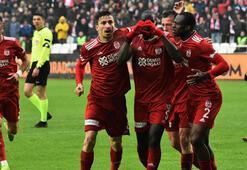 Sivasspor, Süper Ligde ilk devreyi 3. kez lider tamamladı
