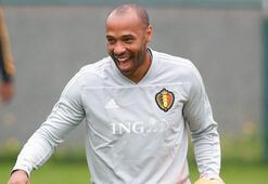 Thierry Henry bombası Barcelonaya hoca olarak dönüyor