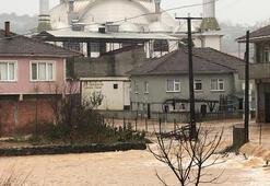 Sakarya'nın Karasu ve Kocaali ilçelerinde sel baskını
