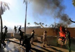 Iraklı protestocular ABDnin Bağdat Büyükelçiliğine girdi