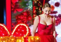 Hadisenin göğüs dekolteli kırmızı elbisesi yürek hoplattı