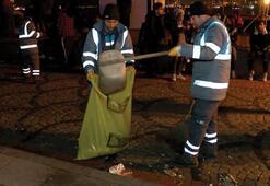 Ortaköyde kutlamaların ardından temizlik çalışması yapıldı