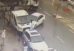 İki araç arasına sıkışan yaya ölümden döndü