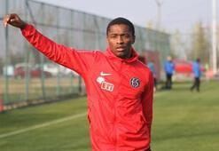 Jesse Sekidika Eskişehirspor kampına dahil edildi