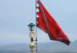 Kırmızı savaş bayrağı asıldı Bir ilk...