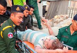 Çöken binanın enkazından 20 saat sonra kurtarıldılar
