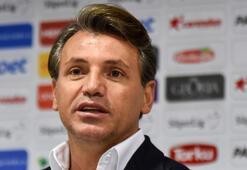 Tamer Tuna Antalyasporda üç ayrılığı açıkladı