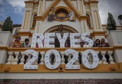 Kolombiya'da Müneccim Krallar Günü kutlaması
