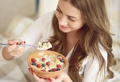 Sabahları içinizi ısıtacak 6 lezzetli yulaf lapası tarifi