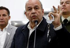 Boliyvada Hükümet Bakanı Murillo, Moralese kelepçe gösterdi