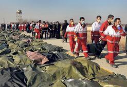 İran'da uçak kazası: 176 ölü