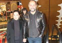 Şenay Gürler-Semih Saygınerin el ele alışveriş keyfi