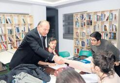 Turgutlu Belediyesi gençlerin yanında