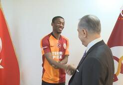 Galatasarayda Jesse Sekidika imza sonrası ilk açıklamasını yaptı