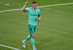 Toni Kroosun kornerden attığı gol maça damga vurdu