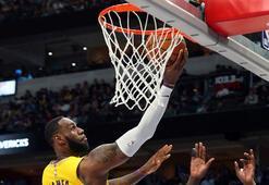 LeBron James, Michael Jordanı geçti