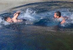 Bitlisliler eksi 10 derecede suya girdiler