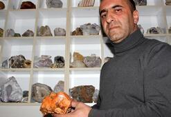 20 yıldır değerli taş topluyor Evini adeta müzeye çevirdi