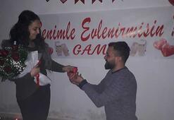 Son duanı et deyip evlenme teklifinde bulundu