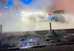 Kievde sıcak su borusu patladı, AVMyi su bastı