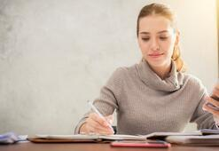Teknolojik öğrenciler sınavlara dersane yerine telefonla hazırlanıyor