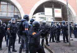 Macron polisleri savundu: Onlara da şiddet uygulandı