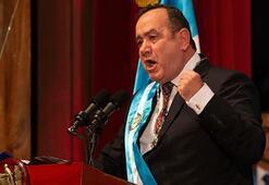 Guatemalanın yeni Devlet Başkanı Giammattei yemin etti