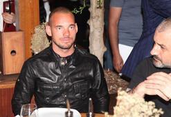 Magazin haberleri   Sneijderden ihanet golü Dudak dudağa yakalandı...