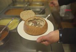 6 çeşit çorbayı karıştırdı, ortaya Ekmek Arası Atom Çorba çıktı