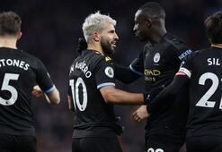 Manchester City galibiyeti otelde kutladı Skandal parti...