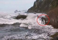 Bir saniye sonrası korkunç Deniz bir anda kabardı...