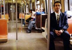 Bakan Çavuşoğlu öğrencilik fotoğrafını paylaştı ABDdeki NY metrosunda...