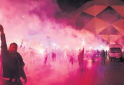 Başkan Ekmekçioğlu asker ocağından kutladı