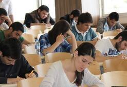 AÖF sınavları saat kaçta sona erecek AÖF sınav soru ve cevapları bugün yayımlanır mı