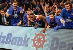 THY Euroleaguede Anadolu Efes fırtınası sürüyor