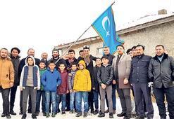 Doğu Türkistanlılar 'Savaşçı' setinde