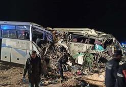 Katliam gibi kaza 12 ölü, 46 yaralı
