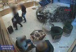 Ciple mücevher dükkanına girip, soygun yaptılar