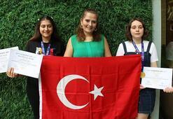 Endonezyada Türk öğrencilere uluslararası bilim yarışmasında 2 altın madalya