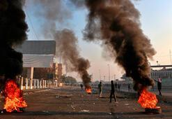 Irakta sokaklar karıştı, hükümet resmi tatil ilan etti